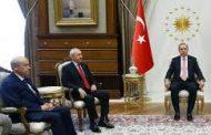 Tirk li ser kursîyên xwe, Kurd jî li ser qûna xwe rûniştin!..
