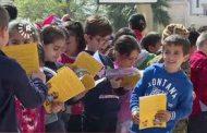Li Qamişloyê pirtûkên Kurdî bêpere tên belavkirin