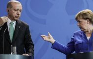 Merkel: Sedem êrîşa li ser 'Artêşa Kurd' min hişyarî da Tirkiyê